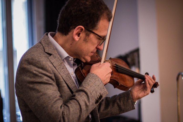 Exposición de instrumentos antiguos con Christophe Destannes